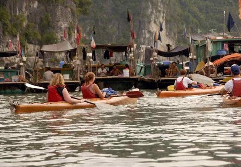 Activities in ha Long Bay