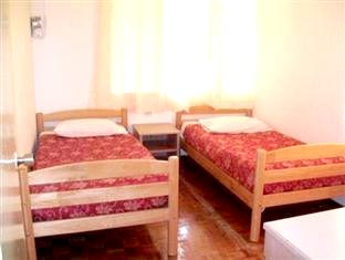2 Single Bed Room