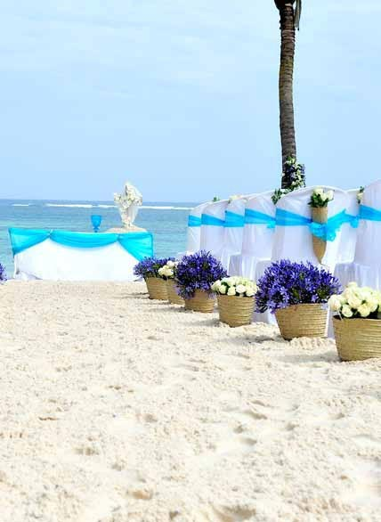Beach Wedding ceremony at Flamboyant