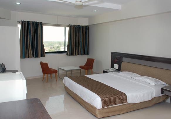 Vinca Suite Room