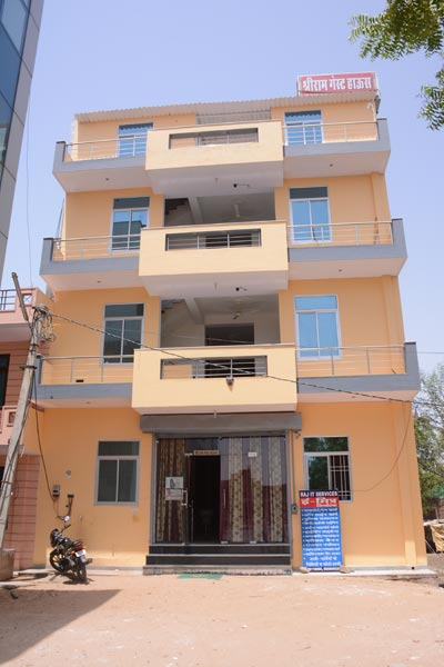 Budget Luxury Guest House in Jaipur at Tonk Road