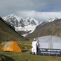 Peru Bergsport Hostel Campig Tours to Huayahuash
