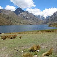 Querococha Lake in the way to Chavin Ruins