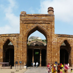 Adhai Din Ka Jhonpra in Ajmer