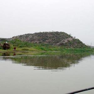 Badkhal Lake