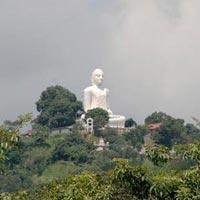 Bahiravokanda Vihara Buddha Statue in Kandy
