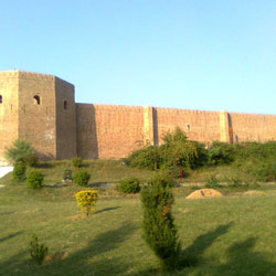 Bahu Fort & Temple in Jammu