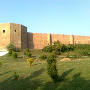 Bahu Fort & Temple