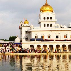 Gurdwara Bangla Sahib in New Delhi