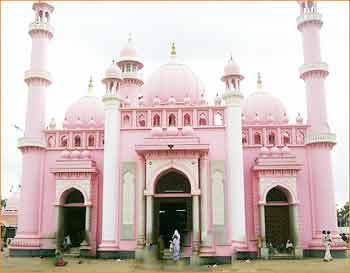 Beemapalli Mosque in Thiruvananthapuram
