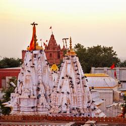 Bhandeshwar Jain Temples in Bikaner