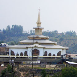 Charar-e-Sharif in Kashmir