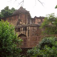 Chauburji Masjid