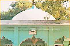 Chirag-i-Delhi-Dargah