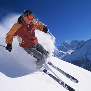 Dayara Bugyal Skiing