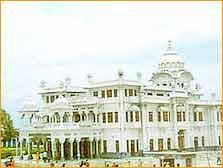 Gurdwara Ber Sahib in Kapurthala