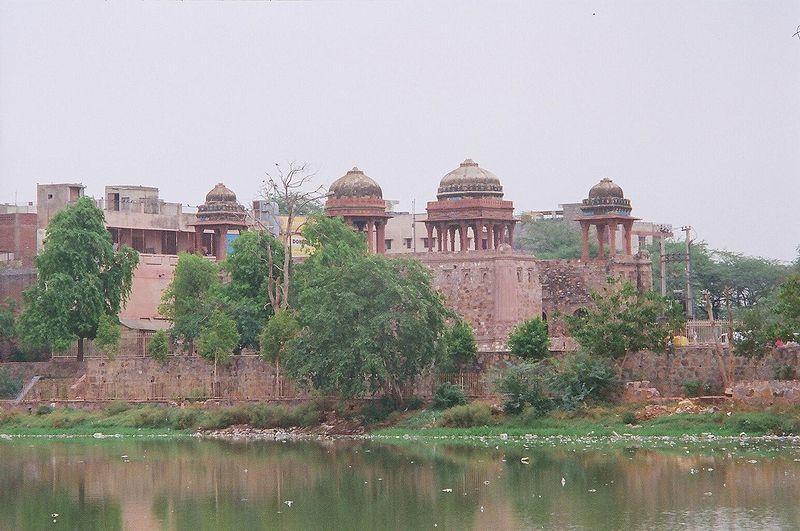 Hauz-i-Shamsi(Hauz) in Delhi