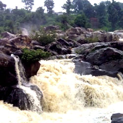 Hundru Falls in Ranchi