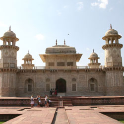 Itmad-Ud-Daulahs Tomb in Agra