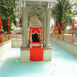 Khir Bhawani Temple in Srinagar
