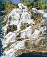 Mae-Ya-Waterfall in Chiang Mai