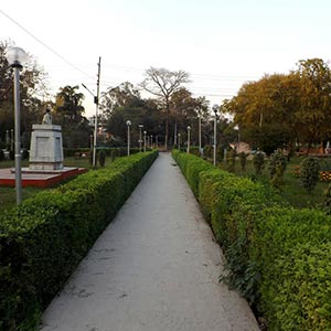 Moti Jheel Park