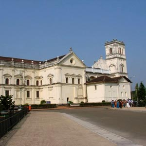 Se Cathedral, Daman