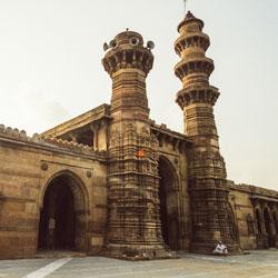 Shaking Minarets in Ahmedabad