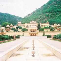 Sisodia Rani Ka Bagh in Jaipur