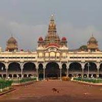 Bangalore - Mysore - Bandipur - Wayanad - Athirappilly - Munnar - Thekkady - Kumarakom - Cochin