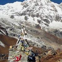 Kathmandu - Pokhara - Nayapul - Ghorepani - Chumrung - Deurali - Annapurna Base Camp - Jhinudanda - Nayapul - Pokhara