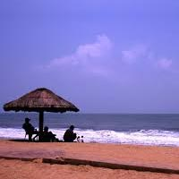 Cherai Beach - Travel Alleppey Backwaters In Houseboat - Varkala Beach - Kovalam Beach - Padmanabhaswamy Temple - Thiruvananthapuram City