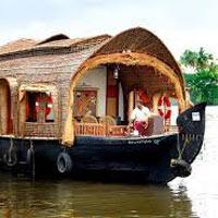 Kochi - Houseboat - Kumarakom - Varkala - Kovalam - Trivandrum - Kovalam