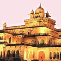 Delhi - Mandawa - Bikaner - Jaisalmer - Jodhpur - Ranakpur - Kumbhalgarh - Udaipur - Pushkar - Jaipur - Bharatpur - Fatehpur Sikri - Agra