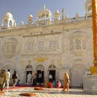 Delhi - Chandigarh - Ropar - Sirhind - Amritsar - Faridkot - Bathinda - Patiala - Delhi