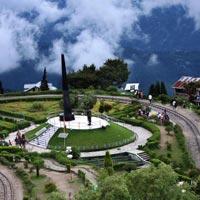 Kolkata - New Jalpaiguri - Darjeeling - Kalimpong - Gangtok - Tshangu