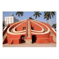 Delhi - Jaipur - Amber Fort - Jal Mahal - Hawa Mahal - City Palace - Jantar Mantar - Brahma Temple - Mahadev Temple - Varah Temple - The Three Sacred Lakes - Chittorgarh Fort - Rana Kumbha Palace - Padmini Palace