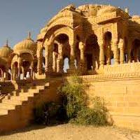 Jaipur - Junagarh Fort - Camel Breeding Farm - Ganga Government Museum - Lalgarh Palace - Shekhawati - Bikaner - Jaisalmer - Jodhpur - Mount Abu - Udaipur - Nathdwara - Chittaurgarh - Pushkar - Jaipur - Agra