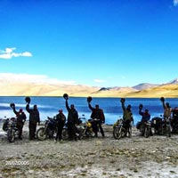 Manali - Jispa - Sarchu - Tso - Kar - Tso-Moriri  - Leh, via Mahe Bridge - Leh Monasteries - Pangong Lake - Hunder - Nubra Valley