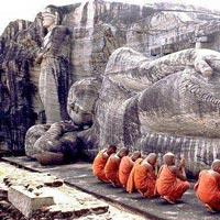 Chilaw - Anuradhapura - Mihintale - Polonnaruwa - Sigiriya - Dambulla - Kandy - Nuwara Eliya - Colombo