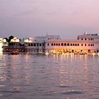 Delhi - Bikaner - Jaisalmer - Barmer - Jodhpur - Udaipur - Ahmedabad - Bhuj - Mumbai
