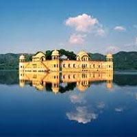 New Delhi - Jaipur - Ranthambore - Agra - Khajuraho - Varanasi