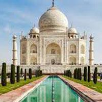 New Delhi - Varanasi - Khajuraho - Orchha - Chanderi - Shivpuri - Gwalior - Agra