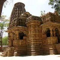 Delhi - Raipur - Kanker - Kondagaon - Narayanpur - Jagdalpur - Kanger - Kawardha - Kanha - Jabalpur - Bhopal - Sanchi - Agra - Delhi