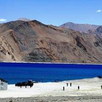 Chandigarh - Manali - Sarchu - Leh - Pangong Lake - Hemis - Shey - Nubra Valley - Alchi / Ule - Kargil - Sonamarg - Srinagar