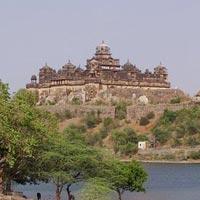 Agra - Gwalior - Sonagiri - Datia - Orchha - Khajuraho - Jhansi