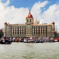Delhi - Varanasi - Khajuraho - Orchha - Jhansi - Agra - Fatehpur Sikri - Jaipur - Jodhpur - Ranakpur - Udaipur - Bombay - Goa - Delhi