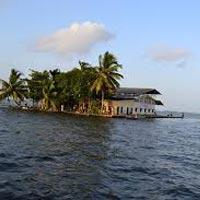 Trivandrum - Kovalam - Kollam - Alleppey - Periyar - Cochin