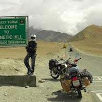 Delhi - Manali - Rohtang Pass - Keylong - Sarchu - Leh - Jispa