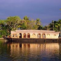 Cochin - Munnar - Alleppey - Kumarakom